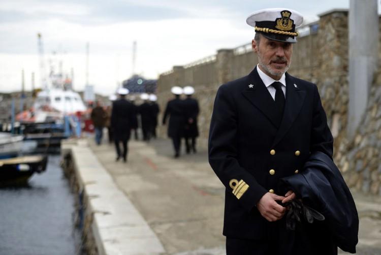 O oficial da Marinha italiana Gregorio De Falco, na Ilha de Giglio (Foto: Foto: Filippo Monteforteg - 13.jan.2013/AFP)