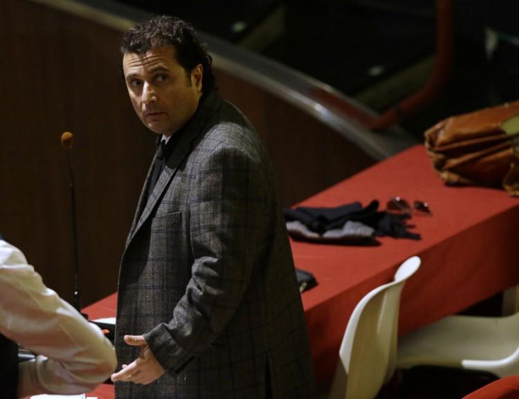 Francesco Schettino no tribunal de Grosseto, quando teve sua sentença definida (Foto: , Feb. 11, 2015.  (Foto: Gregorio Borgia - 11.fev.2015/Associated Press)